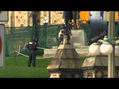 shooting - A soldier has been shot at Ottawa's War Memorial in Canada, near the parliament, after a gunman opened fire.