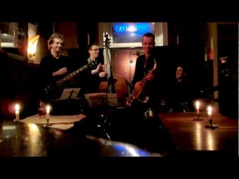 olding - Live @ Glenn Miller Caf, December 11, 2012 More on the quartet at: http://hansolding.com/hans-olding-quartet/