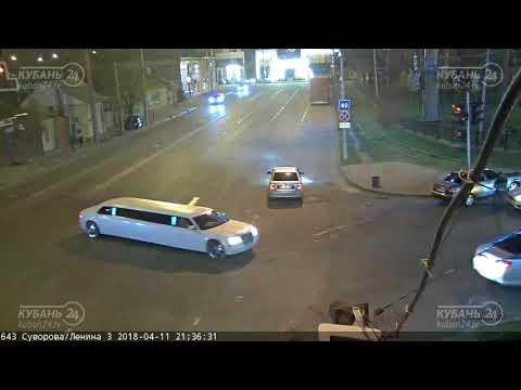ДТП в Краснодаре на перекрестке ул. Суворова и ул. Ленина