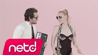 Ozan Doğulu feat. Gökçe Kime Ne pop music videos 2016