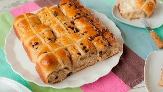 Hot cross buns (paasbroodjes)