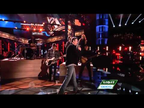 [HD] Blake Shelton, Danielle Bradbery, & Cassadee Pope sing 'Boys Round Here'