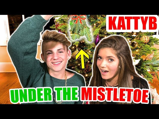 Mattyb And Kate Kissing