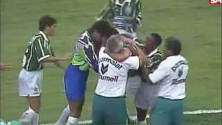 Melhores momentos da final realizada em 19 de dezembro no Estádio do Morumbi, em São Paulo (SP). A equipe paulista se...