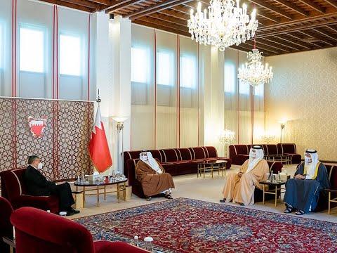 سمو ولي العهد رئيس مجلس الوزراء يلتقي سعادة السيد ألفونسو فيرنايد أ. فير سفير جمهورية الفلبين لدى مملكة البحرين بمناسبة انتهاء فترة عمله