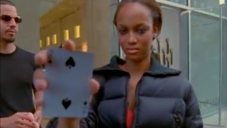 David Blaine - Performing Magic for the Beautiful Tyra Banks - YouTube