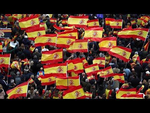 Ισπανία: Κατά της προσπάθειας Σάντσεθ να ανοίξει δίαυλος επικοινωνίας με την Καταλονία…