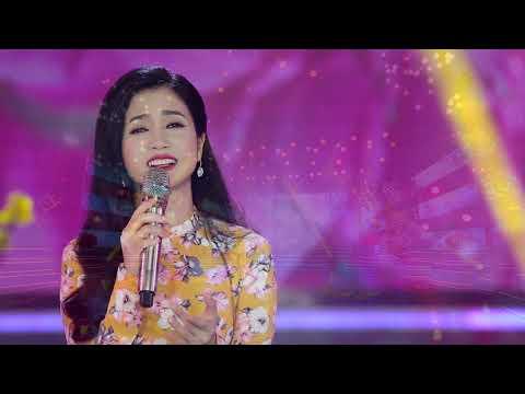 Album DVD Xuân Mậu Tuất Đặc Biệt 2018 - Phương Anh │ Hỏi Nàng Xuân & Nhớ Về Một Mùa Xuân - Thời lượng: 1:00:07.