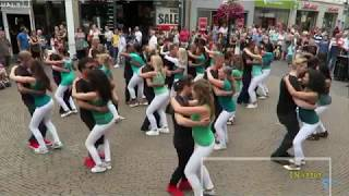 Reggae Mix cicak2 didinding with Kizomba Dance