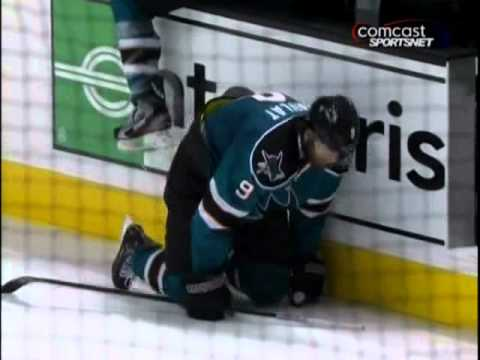 Martin Havlat injured on line change      - YouTube