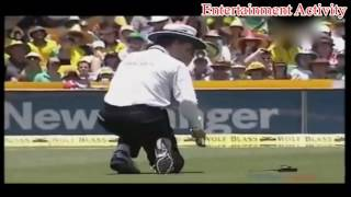 Top 5 Funniest Moments of Billy Bowden's career- Funny Umpiring Moments Ever in Cricket. Thanks for watching the video, please like the video and Don't forget to subscribe the Channel on YouTube.