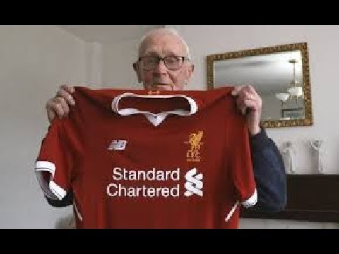 94 Year-old Fan Gets Surprise Visit From LFC Legend | When Charlie Met Ian St John