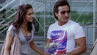 Saif Ali Khan surprises Deepika Padukone - Love Aaj Kal