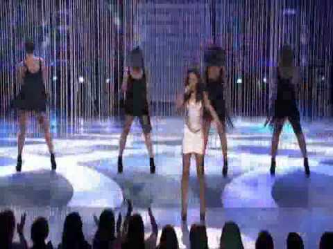 Jessica Sanchez-growl