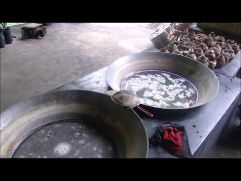 Fabricação de açúcar de coco na Tailândia