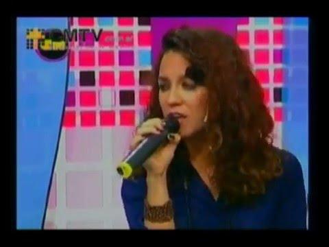 Daniela Herrero video De cara - Estudio CM 2013