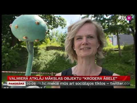 """Valmierā atklāj mākslas objektu """"Krodera ābele"""""""