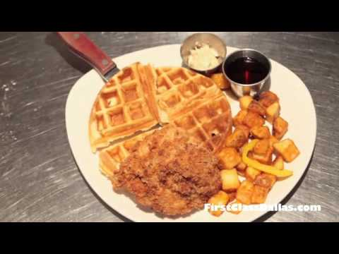Chickena & Waffle at Uptown Pub