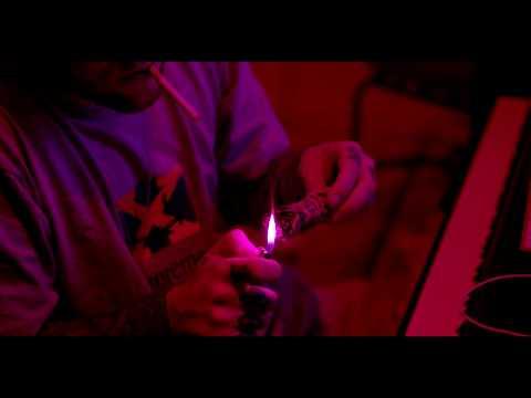 Gees (Feat. ScHoolboy Q)