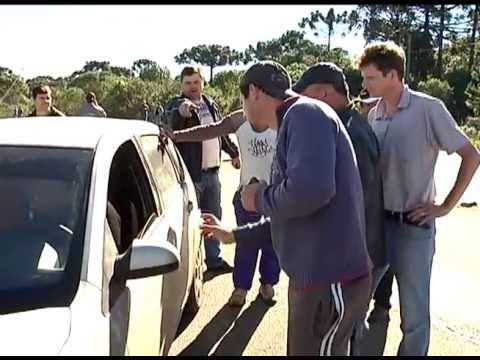 Éder Luiz.com - Confusão em protesto na BR-282 em Catanduvas