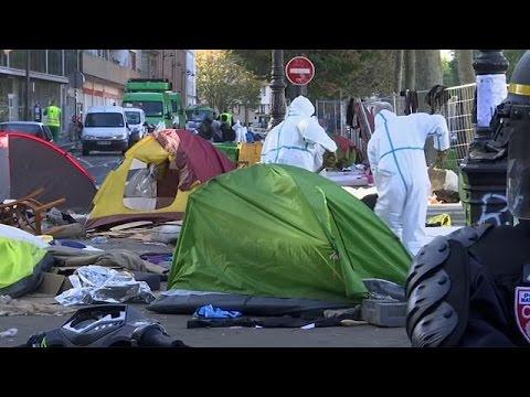 Παρίσι: Επιχείρηση των αρχών σε αυτοσχέδιο καταυλισμό μεταναστών – world