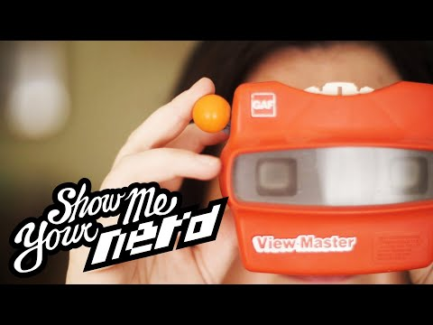 Yes, You Really Can Collect View-Masters, And Yes, This Woman Has Nearly All of Them