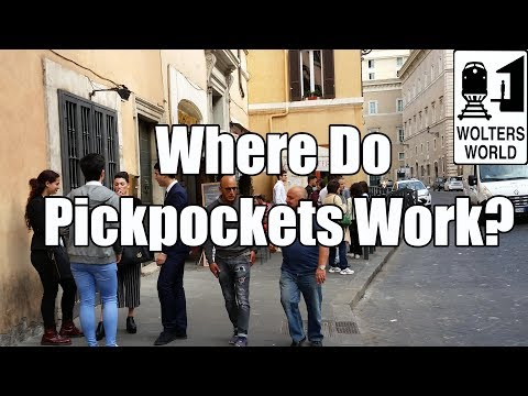 Pickpockets Can Ruin Your Holiday!