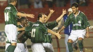 12/05/99 - Compacto do jogo pelas quartas-de-final da Libertadores 99, no qual a Sociedade Esportiva Palmeiras derrotou o...