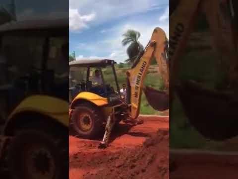 Urânia -VEREADOR DE URÂNIA DENUNCIA USO DE MÁQUINA DA PREFEITURA EM LOTEAMENTO PARTICULAR