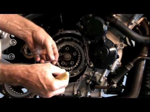 Motorcycle Clutch Replacement//Inspection/Install 2003/2004 Suzuki Gsxr 1000