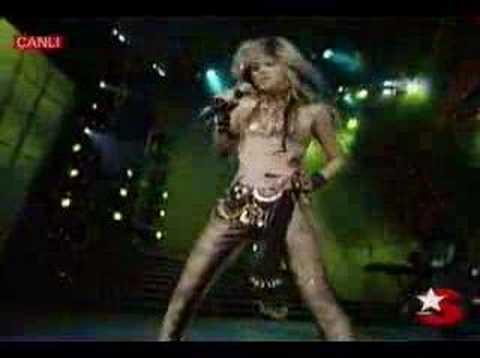 Shakira - Ojos As - YouTube