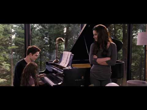 Edward Cullen Playing Piano with his Daughter | Twilight Saga | Viral Spot