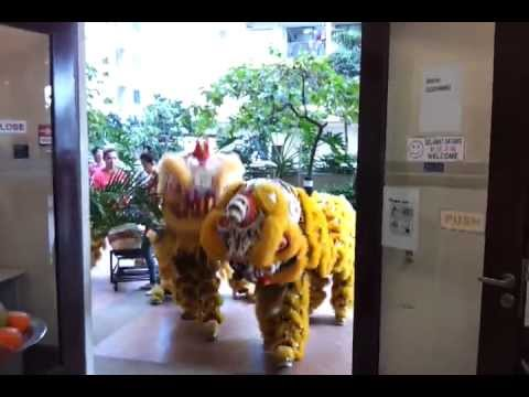 D'Alamanda condo lion dance 2012 in management office