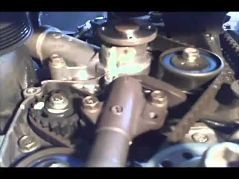 1991 Mazda Miata, 1.8 L. Quitar y poner la cadena del tiempo y la bomba del agua