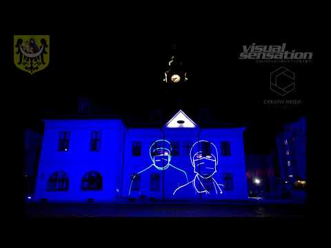 Wideo: Akcja #ZostańWDomu w Lubinie. Animacja laserowa z podziękowaniami dla medyków i wolontariuszy