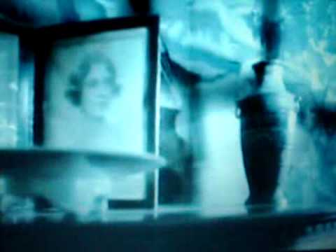 Tekst piosenki Cocteau Twins - Strange Fruit po polsku
