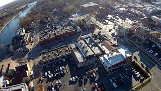 Geneva (IL) United States  city pictures gallery : Beautiful Geneva, IL Drone Fly Over