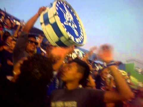 Video - Hinchada Popular es del Azul. LaRevo 1928 - La Revo 1928 - Motagua - Honduras