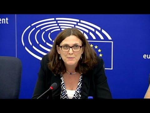 Aπό τα Κοινοβούλια των κρατών-μελών της ΕΕ θα περάσει η CETA