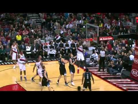 Lillard to Hickson Alley Oop Dunk against Timberwolves