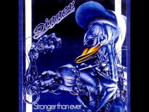 Tekst piosenki Grave Digger - Wanna Get Close po polsku
