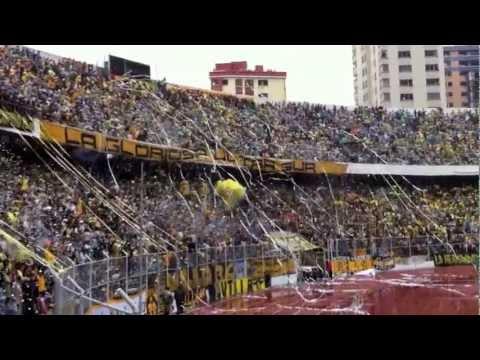 Recibimiento a The Strongest TRIcampeón - Estadio Hernando Siles 16/12/2012 - La Gloriosa Ultra Sur 34 - The Strongest