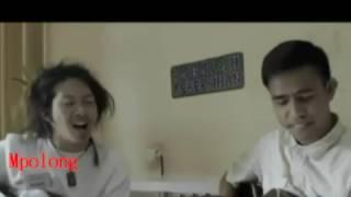 Download Video Rafi DA 4 Akademy Vs Fildan Duet Gitar Seru - Darah Muda MP3 3GP MP4