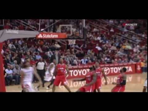 Terrence Williams beautiful pass to Scola