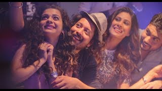 Here's a fun mashup music video of two of your favorite tracks from Girl in the City Chapter 2: Junoon and Meera Wala Gaana! Song 1: Junoon Composer: Karan Malhotra Singer: Isheeta Chakravarty Lyrics: Manaswi Mohata Primary artist: Karan Malhotra Isheeta Chakravarty Sound Engineers: Loic Sanlaville, Remi Blanc, and Drona Acharya Song 2: Meera Wala Gana Artist: Annie'thing (Annie & Rabbit)Lyrics: Annie'thingAbout the Show: Girl In The City Chapter 2 takes off from where the first season ended, the start of Meera's pursuit of her professional passion, through an engaging narrative and a few new characters, who bring a chaos-filled-harmony in her life, this 13-episode series continues to chronicle her story as she moves a step closer to realise her dreams!►SUBSCRIBE To bindass: http://bit.ly/1bfqpUbFor More Videos & Downloads visit bindass: http://www.bindass.com►Keep up with bindass on:Facebook: https://www.facebook.com/bindass Twitter: https://twitter.com/bindasstv Google+: https://plus.google.com/+bindass Instagram: http://instagram.com/bindasstv▶Watch more popular shows on bindass:Life Lafde Aur Bandiyan - A sitcom where three college friends from Delhi are tired of being made fun of and want to become popular while going through some hilarious and memorable events!  ►http://bit.ly/1RDzF2o Kota Toppers - A sitcom set against the backdrop of the high-pressure world of competitive engineering exams, the series follows the misadventures of six fren-emies from diverse backgrounds coming to Kota with one dream: to top the IIT entrance exam!►http://bit.ly/1YAog7oTu Con Main Con - It is a fun filled series of an unusual pair of lovable cons who do the wrong thing, but for all the right reasons.►http://bit.ly/1NKZRXsSun Yaar Try Maar - A series for those who are in love & need an extra push to take a chance in their love stories►http://bit.ly/1ZoCScmYeh Hai Aashiqui Siyappa Ishq Ka - A series of love stories for the new generation that take place at different points of the