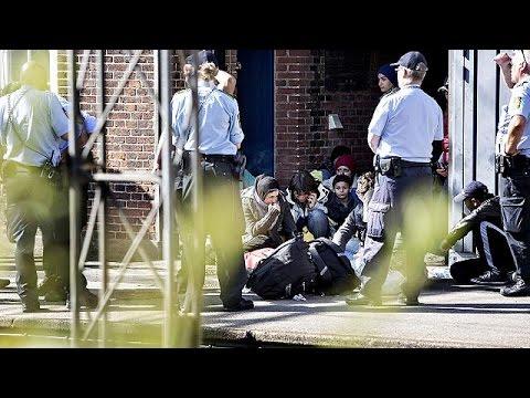 Δανία: Δια νόμου κατασχέσεις μετρητών και τιμαλφών προσφύγων