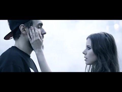 Tekst piosenki Miuosh - Nie mamy skrzydeł... po polsku