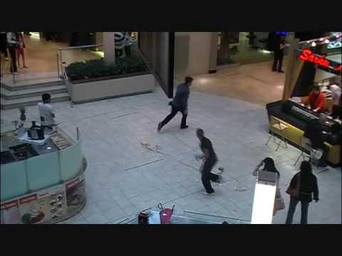 food court fall (видео)