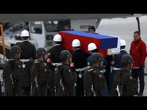 Τουρκία: Τσαβούσογλου και Λαβρόφ συμφώνησαν να συνεργαστούν στις έρευνες για τη δολοφονία του…