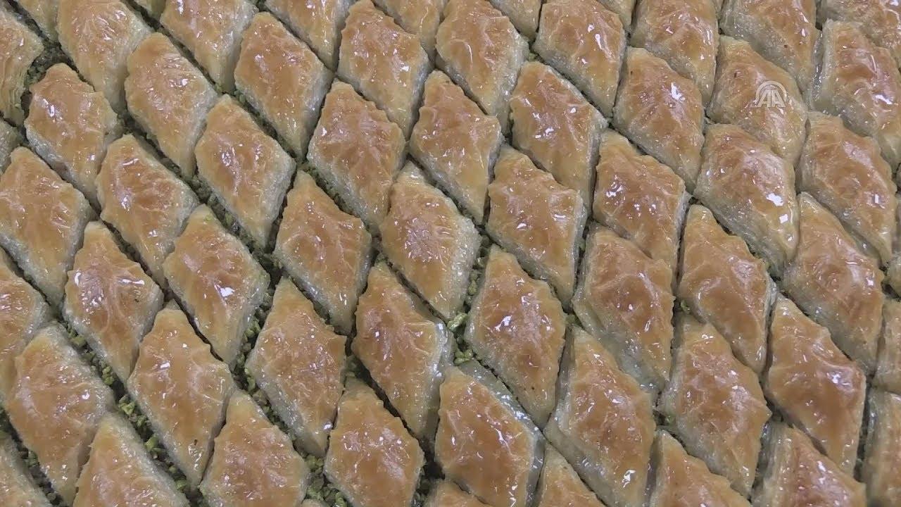 Μπακλαβάς, τo αγαπημένο παραδοσιακό γλυκό των Τούρκων
